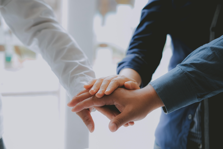 socio emprendedores digital mantenimientos
